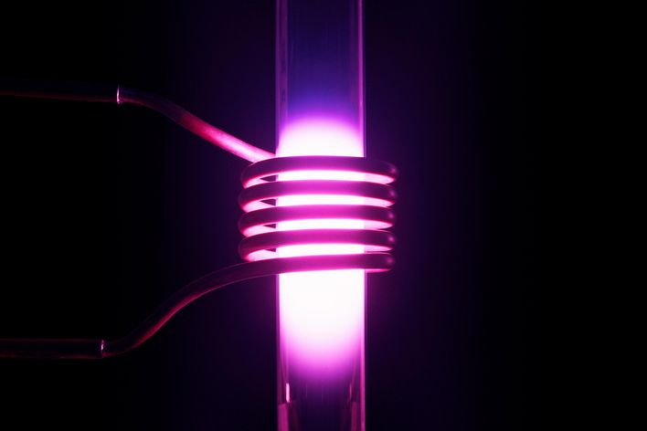 Inductively coupled plasma (IPC) with coil