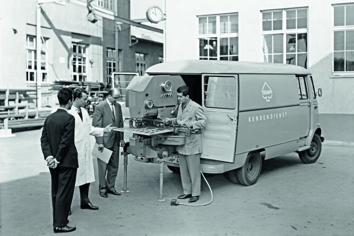 historical picture showing a mobile show room