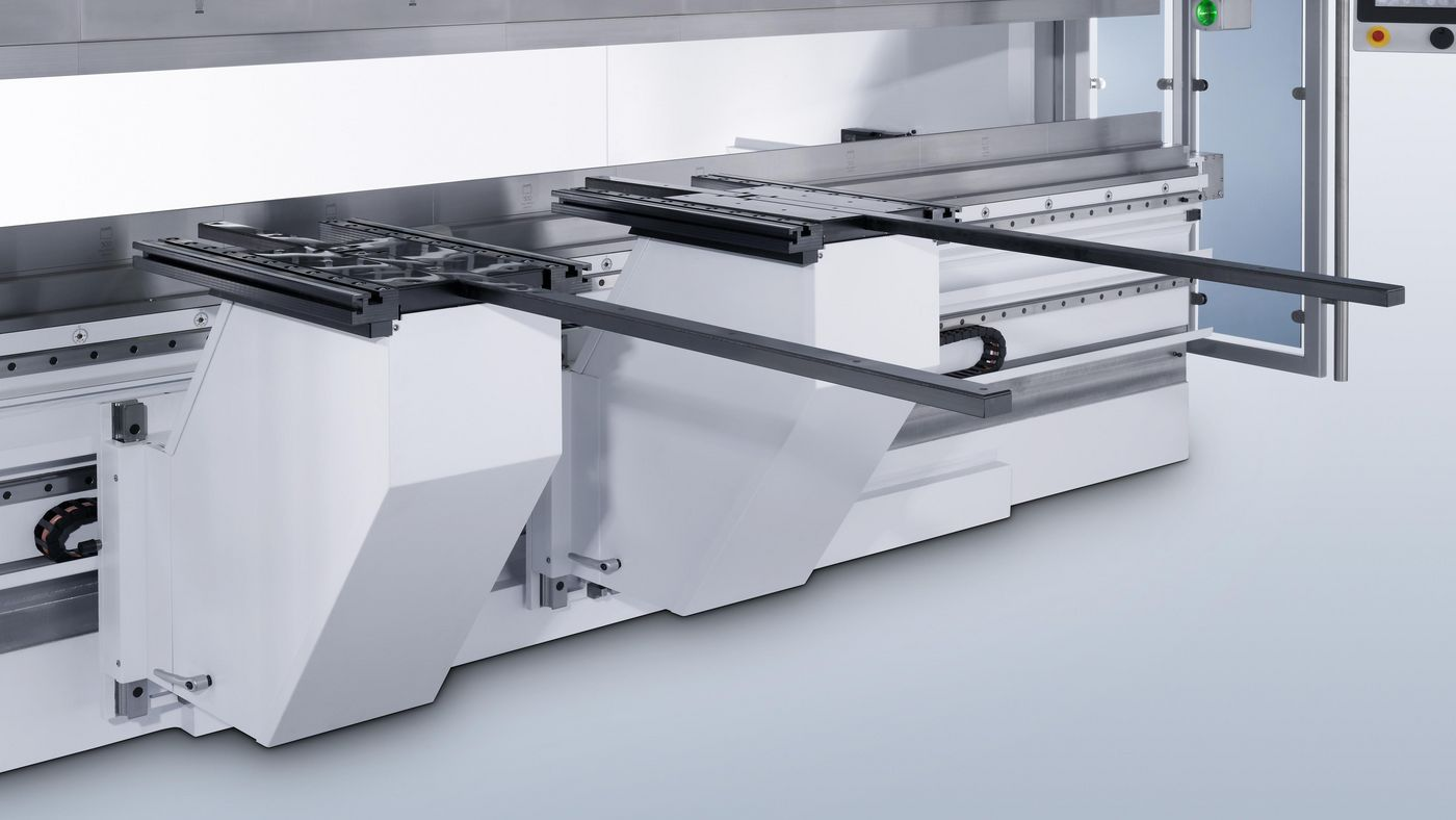 TruBend Series 8000, bending aid provides support for heavy or large sheets