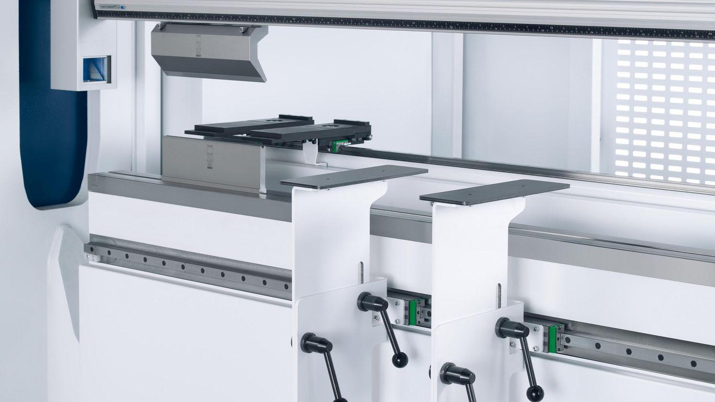 TruBend Series 3000, adjustable support brackets